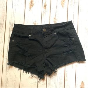 American Eagle 8 Black Stretch Distressed Shorts
